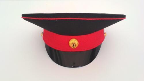 Фуражка (с красным околышем и красным кантом)Черный цвет